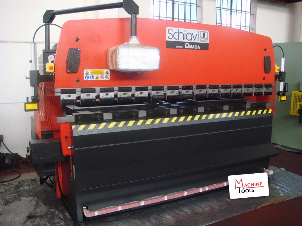 Presse piegatrici usate machine tools srl for Presse idrauliche usate per officina